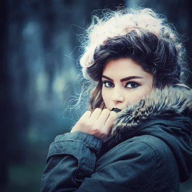 a College Escort Lady in jacket in Vienna